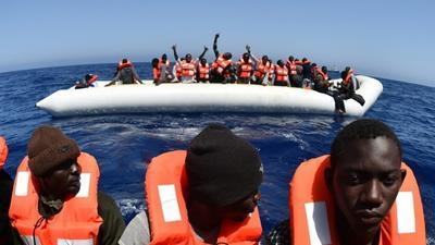 Migrant rescuers, island mayor win peace prize