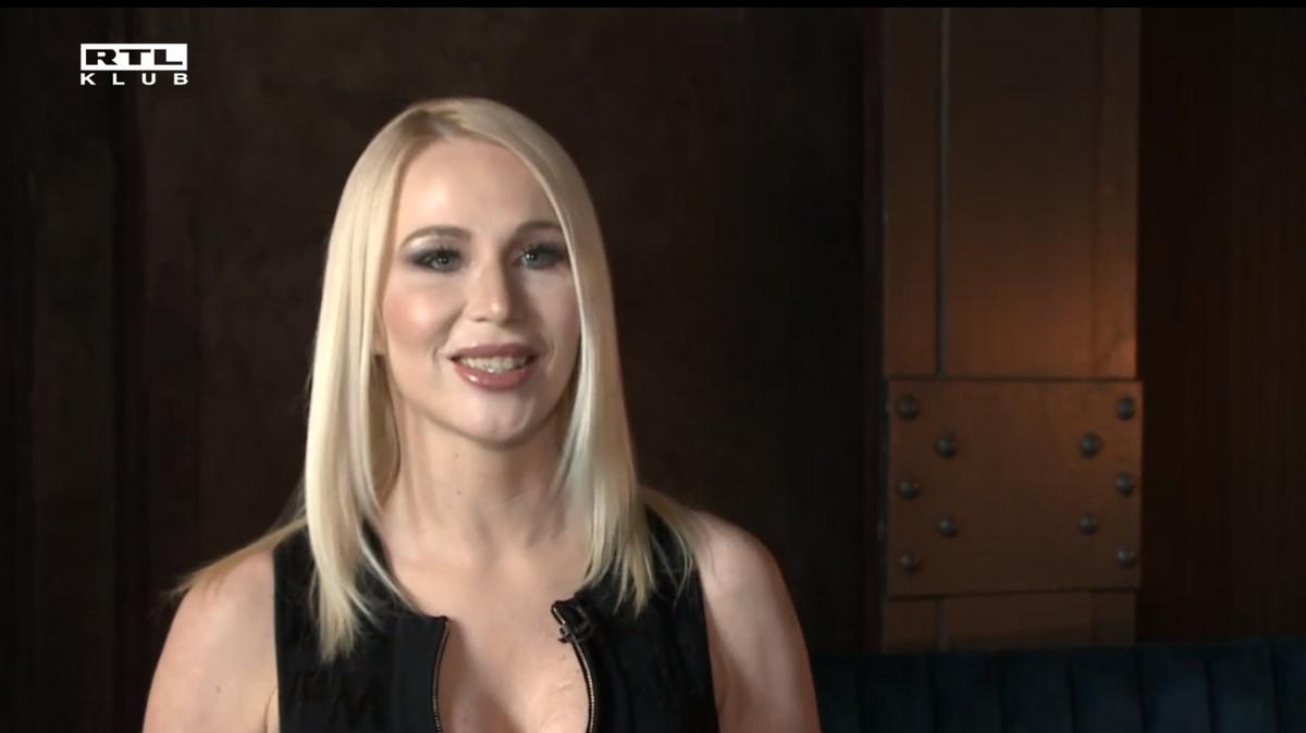 Hoppá: szexi fehérneműre cserélte a bokszkesztyűt Miló Viki – videó