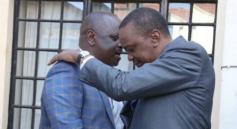 File image of Bomet Governor Isaac Ruto and President Uhuru Kenyatta. Isaac Ruto finally explains why he boarded helicopter from Bomet to Nairobi