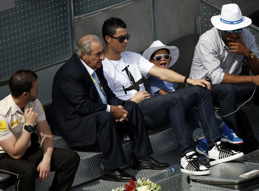 Ronaldo wychowuje syna sam