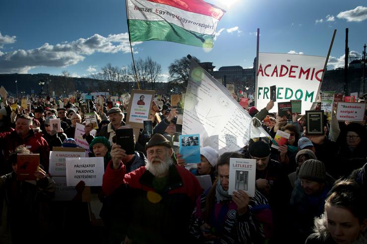 Protesti Mađarska Akademija nauka