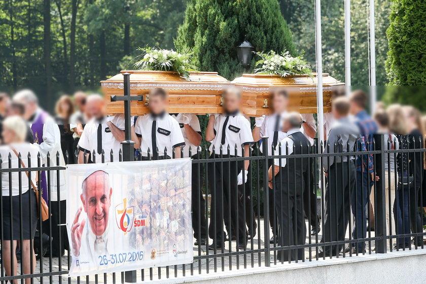 Pogrzeb sióstr z Krzyszkowic