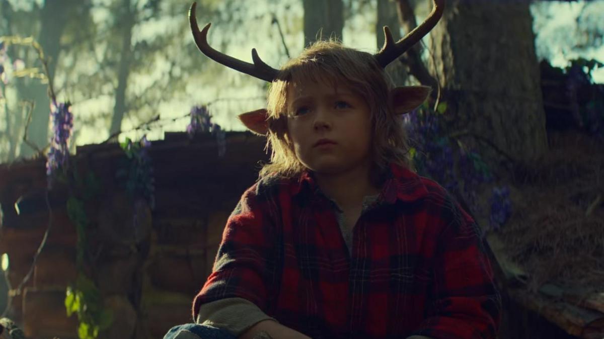 Újabb kihagyhatatlan néznivaló a Netflixtől: Az agancsos fiúval Önnek is érdemes megismerkednie