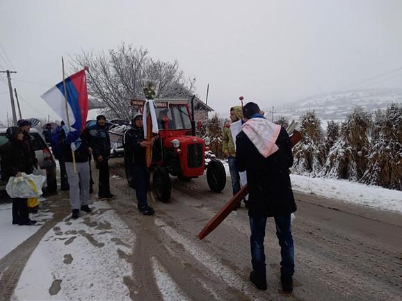 Bračni par sahranjen 15. decembra prošle godine na seoskom groblju u Poljni