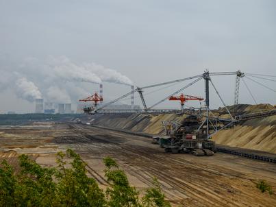 Gminną kasę w Kleszczowie (powiat bełchatowski) napełniają systematycznie podatki płacone przez kopalnię węgla brunatnego i elektrownię Bełchatów.