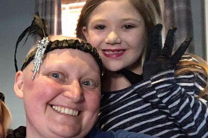 8-letnia Roxy z 38-letnią mamą Vicky Fenn