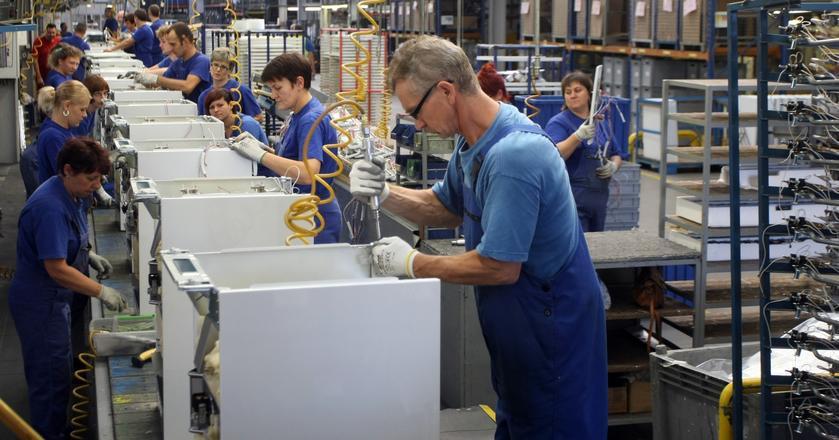 Amica jest producentem sprzętu AGD, notowanym na warszawskiej giełdzie od 1997 roku.