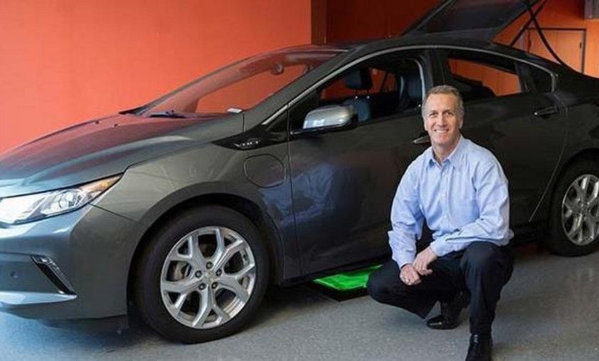 Bezprzewodowe ładowanie elektrycznych samochodów
