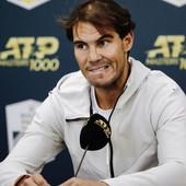 """""""OVO JE S****!"""" Besni Rafael Nadal se NALJUTIO na novinara zbog žene: Ozbiljan si? Ovo je ozbiljno pitanje ili šala?!"""