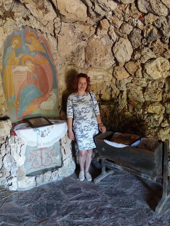 Kraj kolevke u manastiru: B. M.