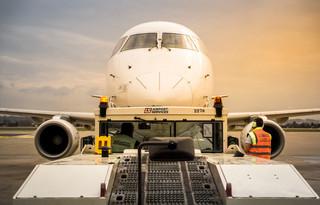 Branża lotnicza szansą na stabilną i perspektywiczną karierę