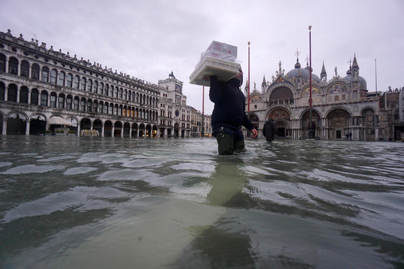 Poplavljena Venecija