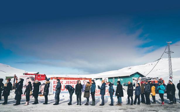 Przyspieszone wybory na Grenlandii są efektem wyścigu mocarstw o dostęp do metali ziem rzadkich na wyspie