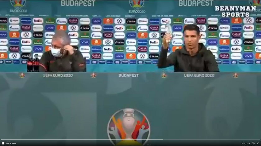 Ronaldo ściągnął ze stołu butelki Coli postawione przed nim na konferencji prasowej