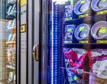 Zniczomaty, robakomaty, gipsomaty i kaczkomaty. Jak wygląda automatyzacja handlu?
