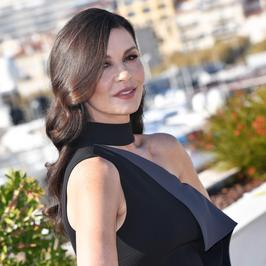 Catherine Zeta-Jones na targach w Cannes