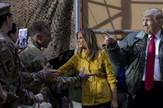 Donald Tramp, Melanija Tramp, Irak, vojska