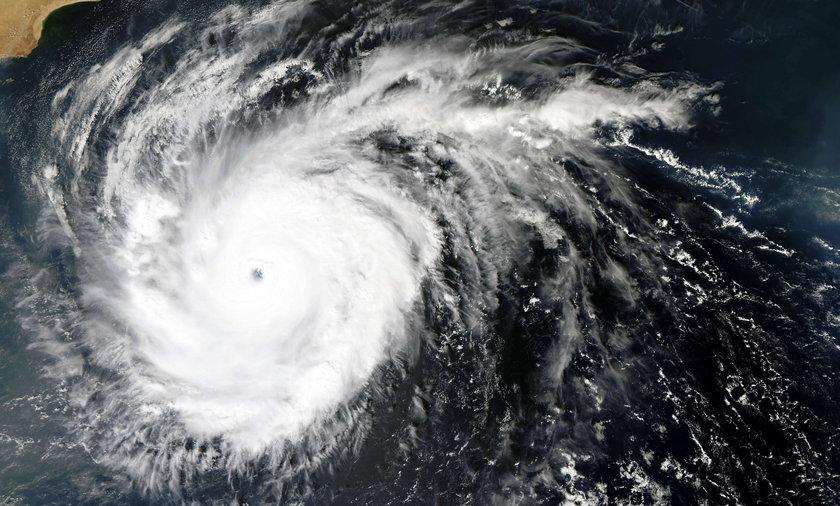 Cyklon Abigail. Kiedy uderzy w Polskę?