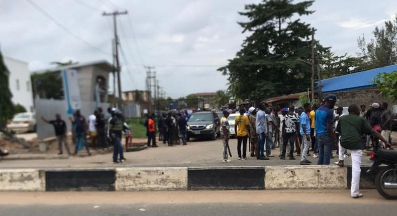 One person killed in Oshodi-Isolo area of Lagos as APC Local Government election primaries hold across the state.