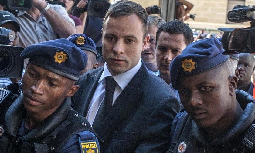 Oscar Pistorius lansuje się w więzieniu! Będzie nosił drogą biżuterię!