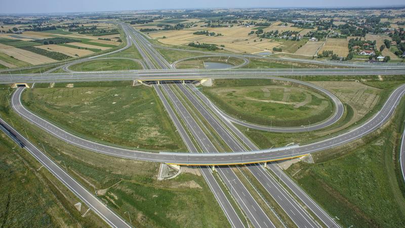 Skrzyżowania trzech dróg ekspresowych: S12, S17 i S19 w miejscowości Dąbrowica, gmina Jastków