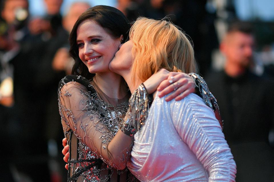 Emmanuelle Seigner i Eva Green