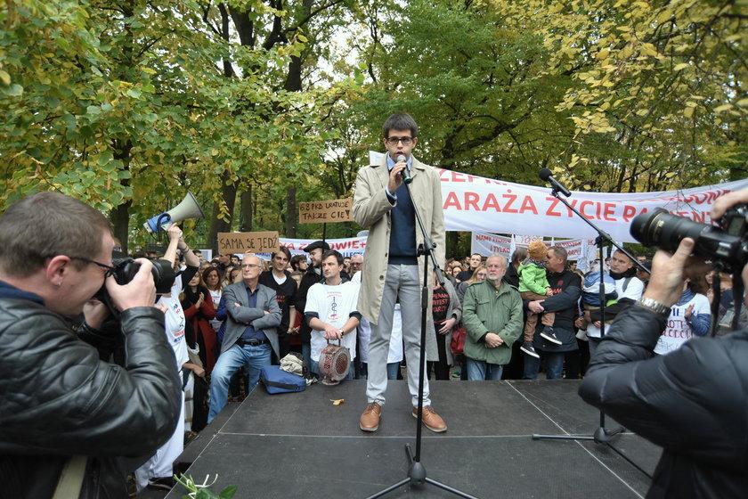 Protesty lekarzy rezydentów w całej Polsce