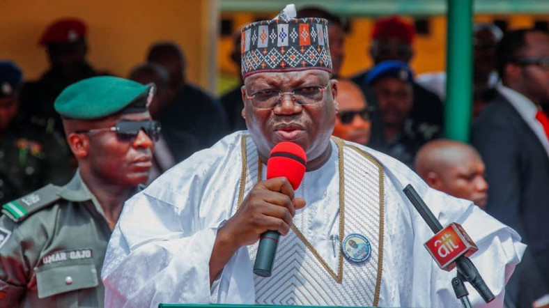 Senate President, Dr. Ahmad Lawan, has called on the Federal Government to put effective measures in place to combat coronavirus [Twitter/@DrAhmadLawan]