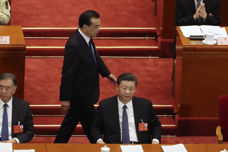 Sednica kineske vlade Li Kećijang i Si Đinping na sednici