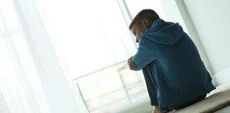 10-letni Kacper uciekł z domowego piekła. W podartej piżamie zgłosił się na policję. Teraz jego matka walczy o drugą szansę