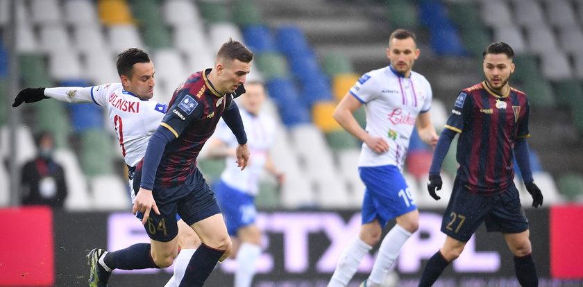 Ekstraklasa: Pogoń Szczecin wygrywa i goni Legię Warszawa