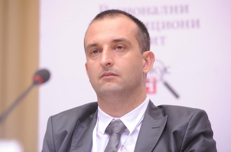 Srđan Knežević