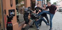 Narodowcy zaatakowali KOD. Bójka na manifestacji