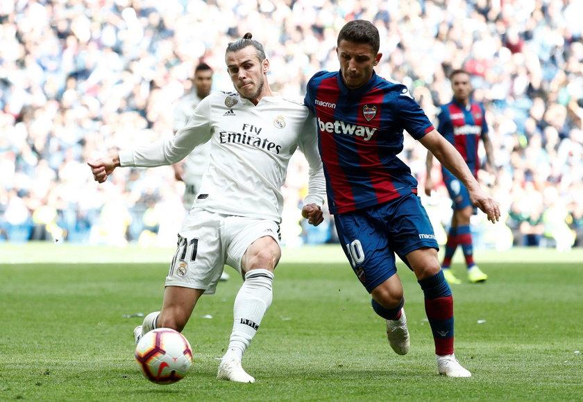 La Liga Santander - Deportivo Alaves v Real Madrid