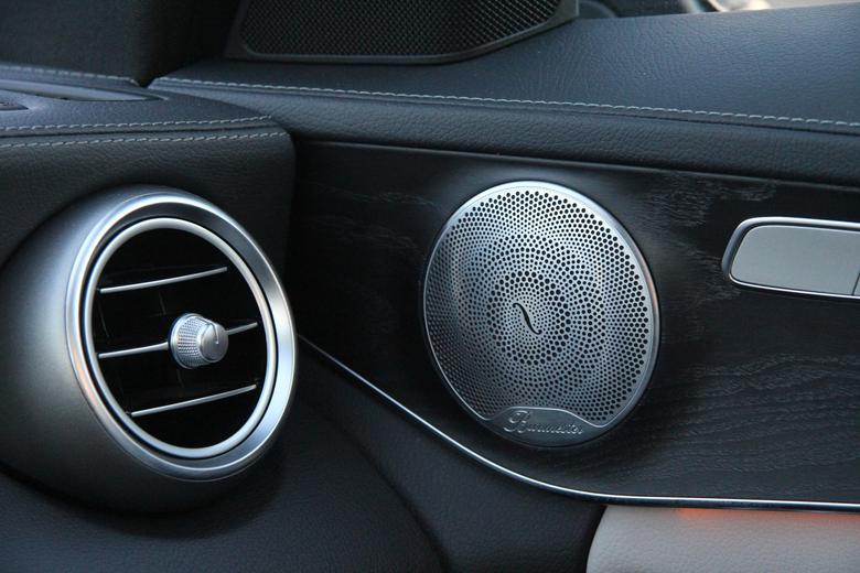 Burmester - Mercedes klasy C - głośnik średniotonowy