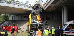 Ratowali pasażerów autobusu, który spadł z wiaduktu. Spotkało ich wielkie wyróżnienie