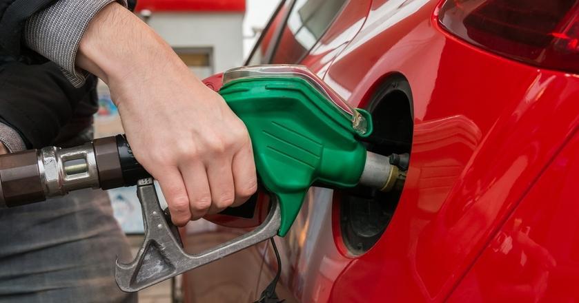 Drugi tydzień listopada ma przynieść zauważalne podwyżki na stacjach paliw