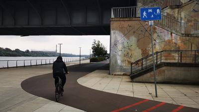 Nikt tu nie mieszka, jest strefa zamieszkania. Ograniczenia dla rowerzystów w centrum miasta!