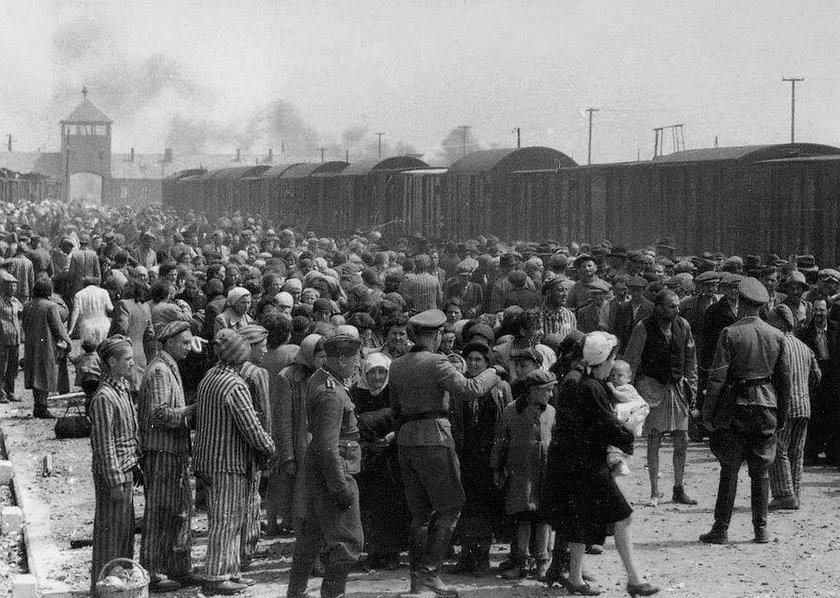 Piekło w Auschwitz
