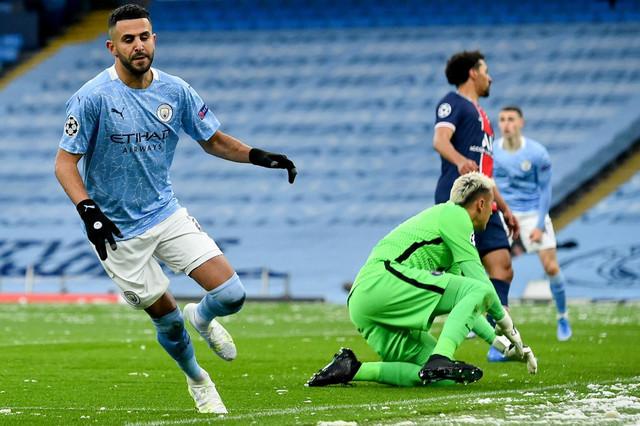 Rijad Marez slavi prvi od dva gola na meču Mančester siti - Pari Sen Žermen