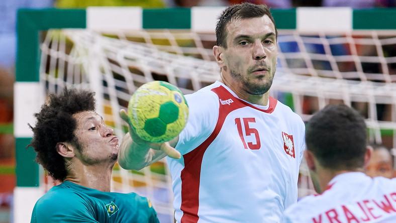 Michał Jurecki (w środku)