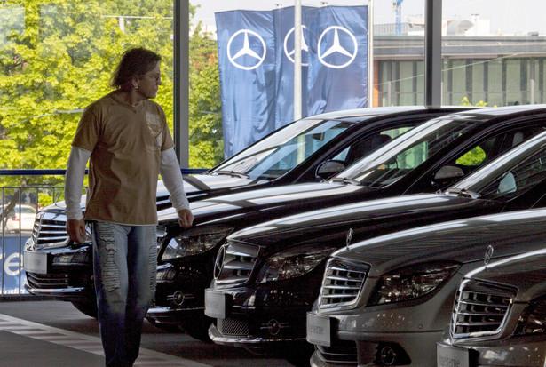 W ciągu pięciu miesięcy tego roku liczba rejestracji nowych aut zmniejszyła się w Polsce o 2,4% r/r do 122.794 sztuk.