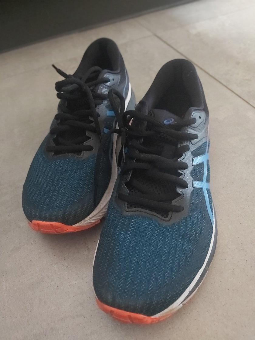 Test butów ASICS GT 2000-9