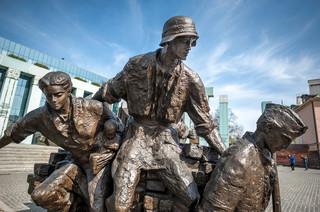 MON chce rozmawiać z kombatantami o apelu poległych w czasie obchodów rocznicy Powstania Warszawskiego
