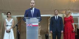 Guardian: Kate i William powinni się wstydzić wizyty w Polsce