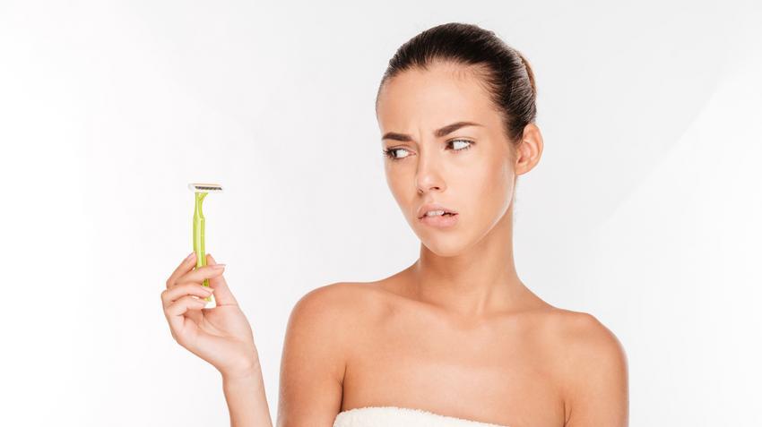 Nő borotválkozás punciját