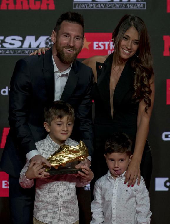 Lionel Mesi sa porodicom