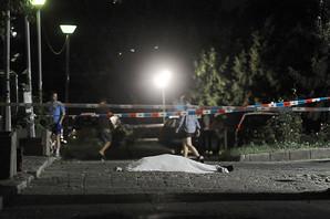 SAMOUBISTVO U STUDENTSKOM DOMU Potegao pištolj na devojku, pa ga bacio i SKOČIO KROZ PROZOR