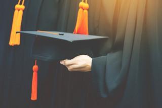 E-learning na uczelniach zostanie ograniczony. Naukowcy: Wracamy do XIX wieku