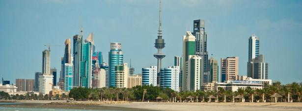 Na 5. miejscu uplasował się Kuwejt – zdaniem większości turystów miasto nie jest warte, żeby zatrzymać się w nim na dłużej. Smaczne jedzenie i okazja do zrobienia udanych zakupów to za mało, żeby miasto można było nazwać przyjaznym. Część czytelników magazynu Conde Nast Traveller uznała wręcz, ze Kuwejt jest jednym z najbardziej nieprzyjaznych miast na Bliskim Wschodzie.